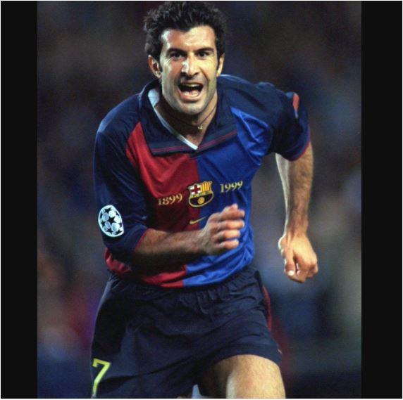 Luis Figo mengenakan No 7 saat merumput di Barcelona sebelum kepindahannya yang mengejutkan ke Real Madrid