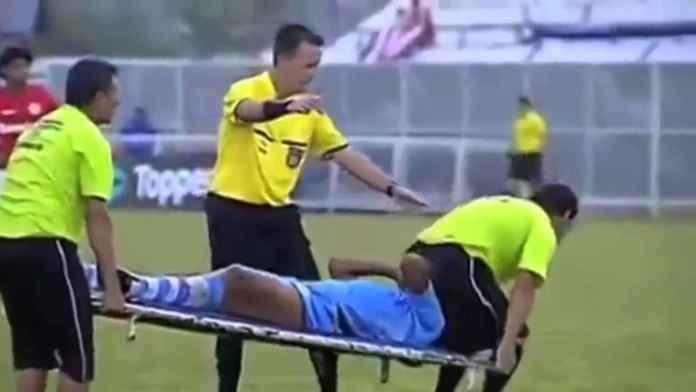 10 Cedera Paling Konyol Para Pemain Sepakbola