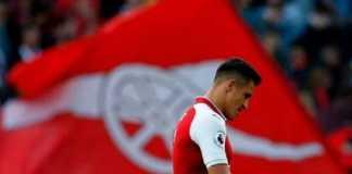 Skuad Arsenal mendesak Arsene Wenger segera menjual Alexis Sanchez sebelum pertandingan melawan Crystal Palace akhir pekan ini.