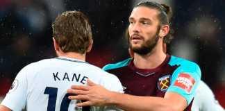David Moyes ingin melepas seluruh striker yang dimiliki West Ham United saat ini, dan membeli pemain baru.