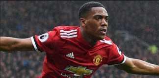 Arsene Wenger berharap dapatkan Anthony Martial, jika Manchester United ingin benar-benar memboyong Alexis Sanchez.