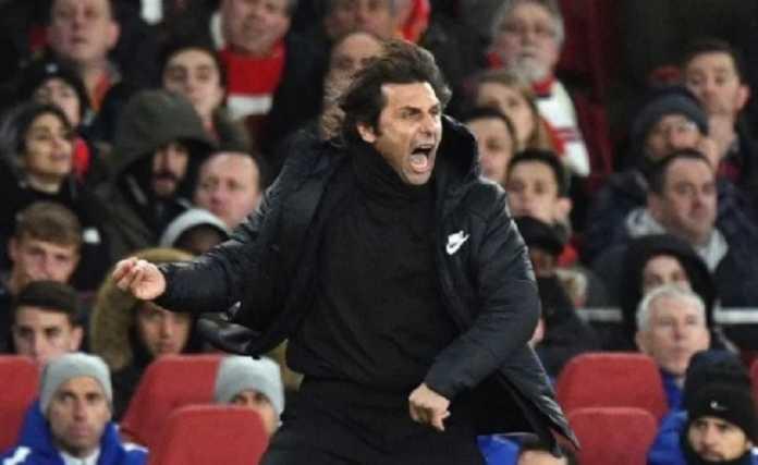 Jose Mourinho katakan Antonio Conte dan Jurgen Klopp mirip badut pinggir lapangan.