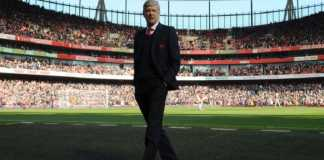 Arsene Wenger mengaku akan menghormati kontraknya di Arsenal yang baru akan kadaluarsa pada 2019 mendatang.