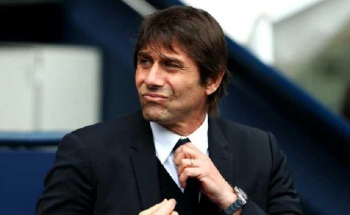 Chelsea susun daftar pelatih baru pengganti Antonio Conte di musim panas mendatang, di mana Massimiliano Allegri dan Luis Enrique jadi kandidat kuatnya.