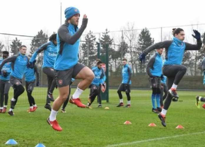 Arsene Wenger sumringah saat tahu dua pemainnya yang cedera sudah kembali latihan jelang laga di kandang Bournemouth, Minggu (14/1).