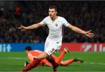 Striker AS Roma, Edin Dzeko, termasuk salah satu dari empat pemain depan yang menjadi incaran Chelsea bulan Januari ini