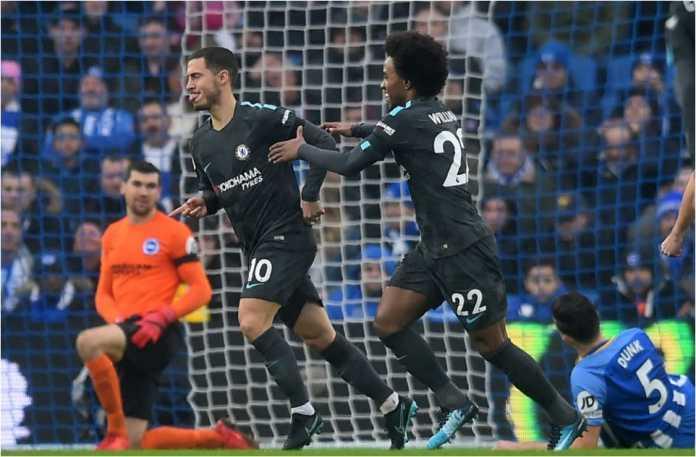 Eden Hazard merayakan gol untuk Chelsea dalam laga Liga Inggris di kandang Brighton, yang usai dengan skor 0-4, Sabtu malam.