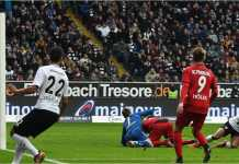 Sebastien Haller mencetak gol bagi Eintracht Frankfurt dalam laga Liga Jerman, Sabtu malam, melawan SC Freiburg