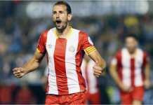Pemain Girona Cristian Stuani merayakan golnya hasil tendangan penalti ke gawang Las Palmas, Sabtu malam, dalam lanjutan Liga Spanyol