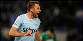 Pemain Lazio, Luis Alberto, merayakan golnya ke gawang Chievo pada laga Liga Italia, Minggu malam