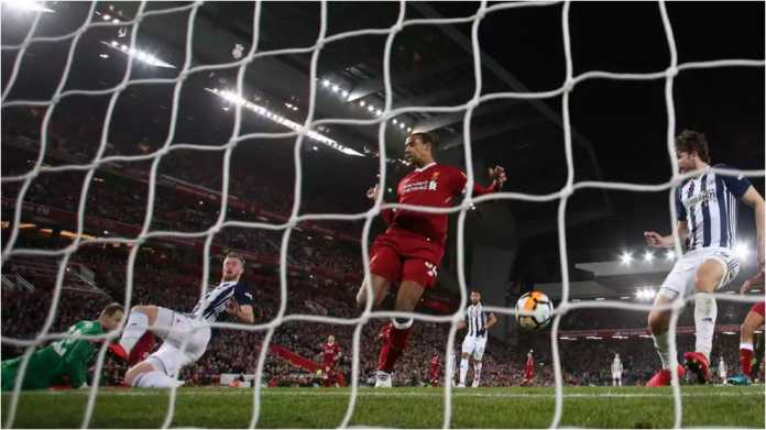 Joel Matip mencetak gol bunuh diri ke gawang Liverpool pada menit 45 laga putaran keempat Piala FA di Anfield melawan West Brom, Minggu dinihari.