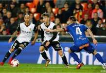 Kalah tekanan dari Alaves di babak pertama, Valencia malah menang 2-1 atas Deportivo Alaves pada leg pertama perempat final Copa del Rey, Kamis dinihari