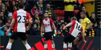 Satu percobaan serangan oleh para pemain Southampton ke gawang Watford dalam laga Liga Inggris, Sabtu malam