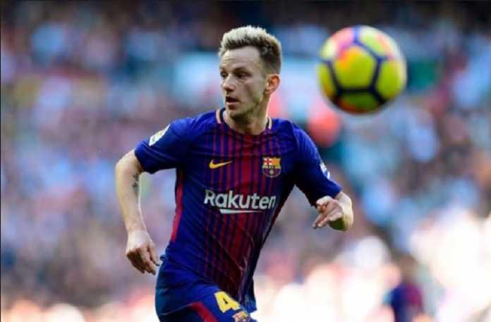 Ernesto Valverde yang kini terapkan pola 4-4-2 di Barcelona, benar-benar terbukti bisa lebih mengakomodir ambisi para pemainnya dengan baik, termasuk Ivan Rakitic.