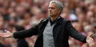 Jose Mourinho disarankan untuk jual tiga pemainnya agar skuadnya tak terlalu kegemukan.