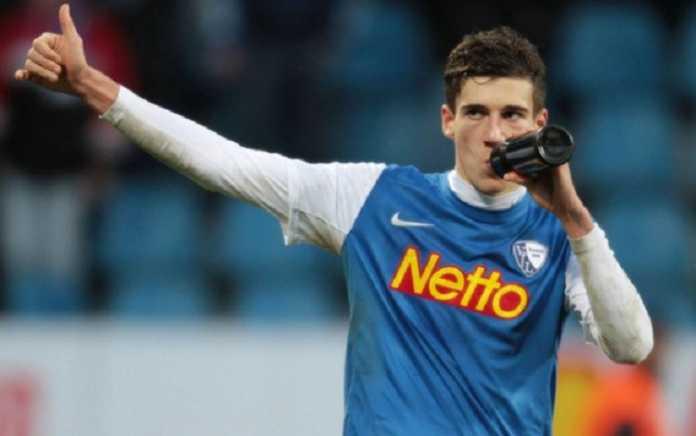 Setelah Schalke dikabarkan kesal pada Bayern Munchen, bintang yang akan dilepasnya Leon Goretzka kini malah dikabarkan akan ke Liverpool.