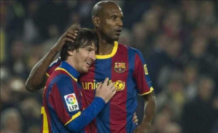 Karena tak tega melihat kondisi Eric Abidal, Lionel Messi melarang bek Barcelona itu untuk mengirim pesan di saat ia sedang sakit.