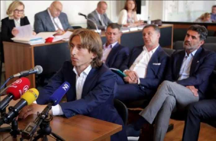 Luka Modrid harus membayar sekian miliar rupiah agar terbebas dari hukuman penjara yang menjeratnya dalam kasus pajak di Spanyol.
