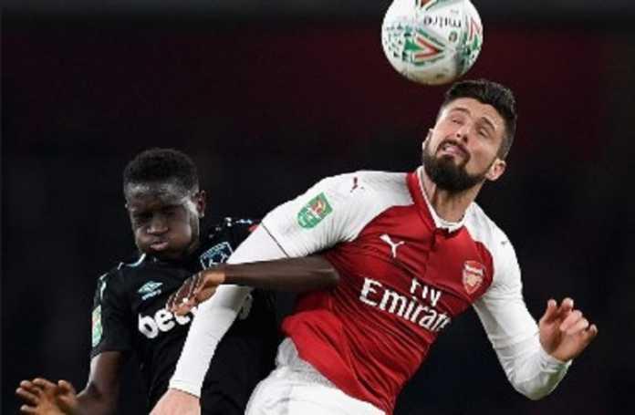 Penyerang Arsenal Olivier Giroud ditaksir klub Turki Fenerbahce yang tengah mancari pengganti Robin van Persie.