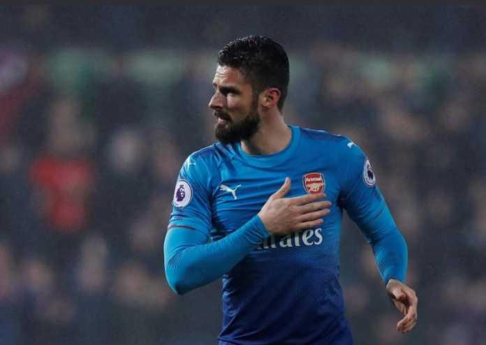 Di kandang Swansea City, Olivier Giroud ucapkan selamat tinggal pada fans Arsenal meskipun kali ini ia tak mampu selamatkan the Gunners dari kekalahan.