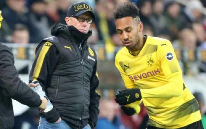 Pelatih Borussia Dortmund Peter Stoger bersikeras tak ijinkan strikernya, Pierre-Emerick Aubameyang tinggalkan Die Borussen.