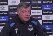 Sam Allardyce mengaku tak masalah jika ia dicela suporter Everton yang tak puas melihat permainan timnya.