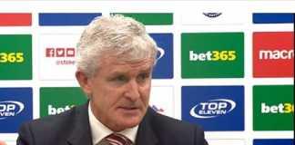 Setelah tak pernah menang dalam tujuh dari 10 laga terakhir, Stoke City pertimbangkan posisi sang pelatih, Mark Hughes.