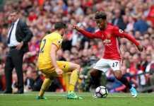 Angel Gomes, salah satu dari dua pemain muda Manchester United yang dipanggil Jose Mourinho masuk skuad Liga Champions.