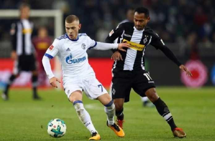 Incaran Arsenal dan Barcelona ini, Max Meyer, dikabarkan akan tentukan masa depannya di Schalke pada Maret mendatang.
