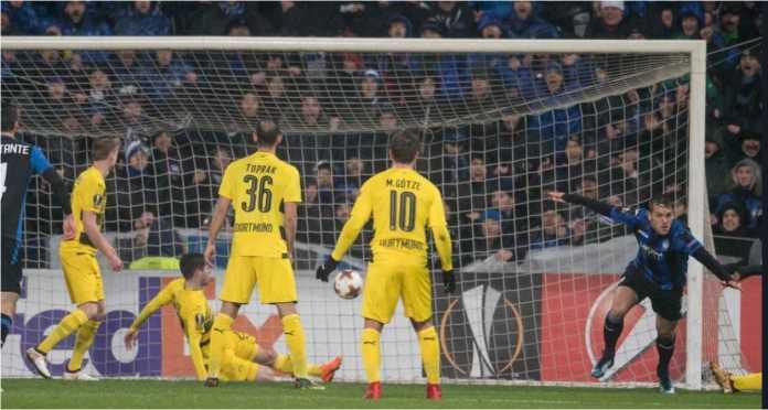 Rafael Toloi mencetak gol bagi Atalanta pada leg kedua di kandang Borussia Dortmund pada laga 32 besar Liga Europa, Jumat.