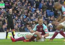 Javier Hernandez merayakan gol penyama kedudukan untuk West Ham pada laga di Brighton untuk lanjutan Liga Inggris. Laga itu sendiri usai dengan skor 3-1 untuk kemenangan Brighton.