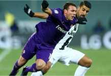 Dua gol dari Federico Bernardeschi dan Gonzalo Higuain membawa kemenangan 2-0 untuk Juventus di kandang Fiorentina, Sabtu.