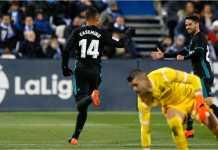 Pemain Real Madrid Casemiro merayakan golnya ke gawang Leganes pada laga Liga Spanyol, Kamis.