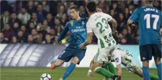 Cristiano Ronaldo menyumbangkan gol bagi Real Madrid pada menit 66 laga LIga Spanyol di Real Betis, Senin.