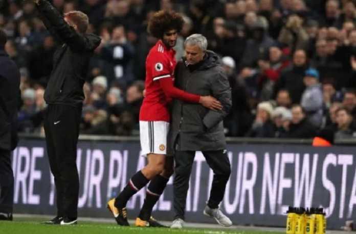 Baru saja pulih dari cedera yang membuatnya absen satu bulan, kini Marouane Fellaini dikabarkan bakal menepi lagi akibat cedera lutut selama dua bulan.