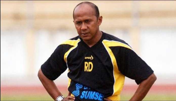 Rahmad Darmawan akui skuad Sriwijaya FC kegemukan, dan ini semata terjadi karena padatnya jadwal musim depan.