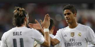 Raphael Varane tegaskan, Real Madrid belum menyerah kejar gelar musim ini.