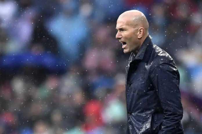 Zinedine Zidane tegaskan, perjuangan Real Madrid belum selesai meski El Real menang 3-1 atas PSG di leg pertama babak 16 besar Liga Champions, Kamis (15/2) dinihari tadi.