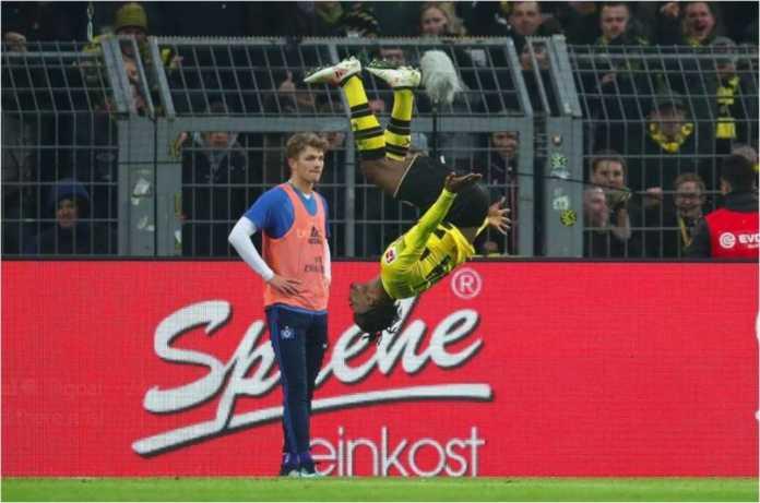 Michy Batshuayi mencetak gol ketiganya dalam dua laga terakhir untuk Borussia Dortmund, Sabtu malam, saat menjamu Hamburg.
