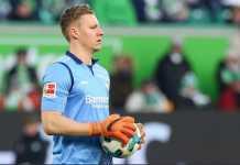 Arsenal incar kiper muda Bayer Leverkusen, Bernd Leno, untuk jadi pengganti Petr Cech.