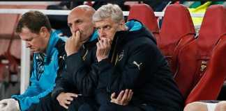 Arsene Wenger salahkan lini belakang Arsenal - dan pemain barunya, Pierre-Emerick Aubameyang, usai kekalahan 0-3 dari Manchester City, Jumat (2/3) dinihari tadi.