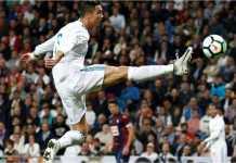 Aksi Cristiano Ronaldo saat laga melawan Eibar di ajang Liga Spanyol, Sabtu malam.