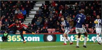 Pemain Bournemouth Junior Stanislas mengirim tendangan bebas mematikan pada laga Liga Inggris melawan West Brom, Sabtu 17 Maret 2018