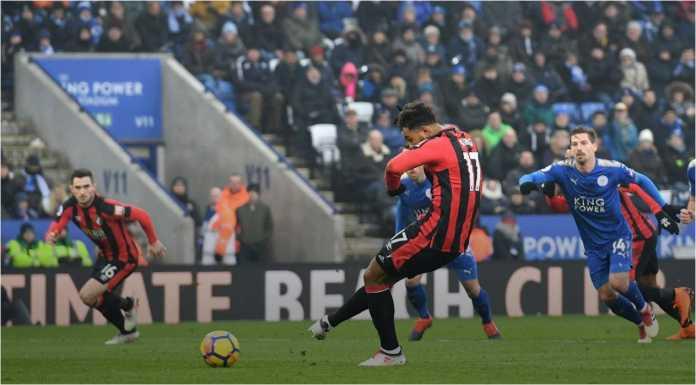 Tendangan penalti Joshua King menghasilkan gol bagi Bournemouth dalam laga Liga Inggris di kandang Leicester City, Sabtu malam 3 Maret 2018