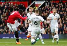 Romelu Lukaku mencetak gol cepat menit 5 bagi Manchester United saat menjamu Swansea City, Sabtu, di Old Trafford.