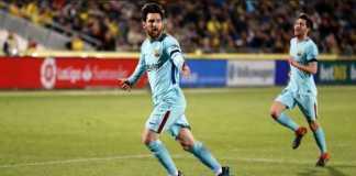 Lionel Messi mencetak gol tendangan bebasnya yang ke lima saat Barcelona bermain di kandang Las Palmas, Jumat (2/3) dinihari WIB.