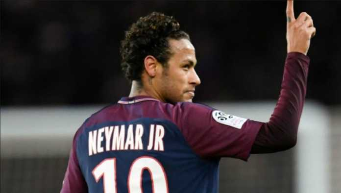 Neymar telah sampaikan pesan mengenai rencananya untuk pindah ke Real Madrid, kepada bintang El Real, Cristiano Ronaldo.