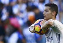 Permainan apiknya membuat sang pelatih, Zinedine Zidane, memuji bintang Real Madrid ini, Cristiano Ronaldo, sebagai mahluk dari galaksi lain.