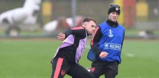 Aaron Ramsey dan Jack Wilsehere kembali berlatih jelang pertemuan Arsenal dan Atletico Madrid di semifinal Liga Europa pekan depan.
