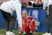 Daftar pemain cedera di Bayern Munchen bertambah dengan cedera yang dialami Arjen Robben dan Jerome Boateng di leg pertama semifinal Liga Champions melawan Real Madrid, Kamis (26/4).